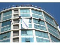 AFAD ekipleri şehitlerin anısına 50 metreden iniş yaptı
