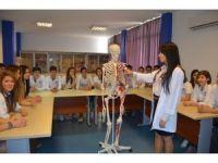 Sağlıkçı adayları için bursluluk sınavı