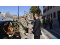 Kara Kuvvetleri Komutanı Orgeneral Çolak, Malatya Valisini ziyaret etti