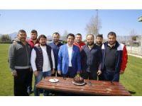 Başkan Genç'ten Başpehlivan Okulu'ya doğum günü sürprizi