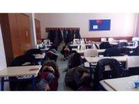 Liselilere yönelik tatbikat devam ediyor