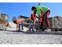 Başiskele'de muhtarlık binası ve iş yerleri yapımında sona gelindi