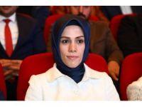 """Esra Albayrak: """"16 Nisan çocuklarımızın geleceği adına çok önemli bir fırsat"""""""