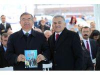Milli Eğitim Bakanı İsmet Yılmaz Başkan Memduh Büyükkılıç'a Teşekkür Etti