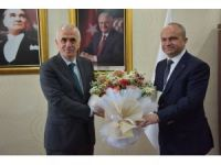 AK Parti'li Kaya 16 Nisan'ı işaret etti