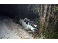 Ortaca'da virajı alamayan araç, ağaca çarparak durabildi; 1 yaralı
