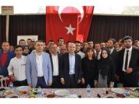 Başbakan Yardımcısı Mehmet Şimşek İzmir'de