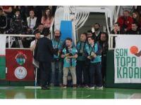 Giresun'da basketbol maçında 'yeşil alan' krizi