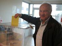 Yurt dışına kayıtlı seçmenler oy vermeye başladı