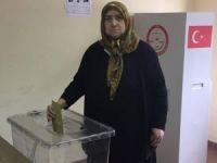 Zonguldak Havaalanı'nda oy kullanma işlemi başladı