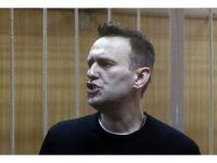 Rus muhalif lider Navalny'ya 15 gün hapis cezası