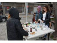 Uşak Ülkü Ocaklarından üniversite öğrencileri için yardım kermesi