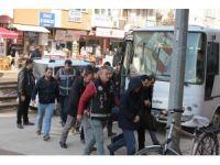 Kocaeli'de FETÖ operasyonu: 14 kişi adliyede
