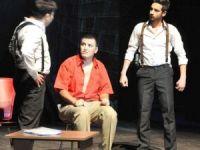Uşak 1.Tiyatro Festivali Sona Erdi