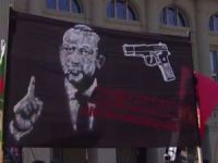 İsviçre'deki skandal pankartın sorumluluğunu Devrim Gençlik Bern anarşist örgütü üstendi