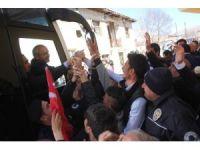 Kılıçdaroğlu Pınarbaşı'nda ilçe temsilciliği açtı
