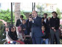 Çalışma ve Sosyal Güvenlik Bakanı Müezzinoğlu gençlerle bir araya geldi