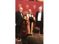 Oxford'tan Dr. Suat Günsel'e Fahri Profesörlük ünvanı