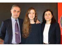 YGS Türkiye 2'ncisi Gökçe'nin duygusal anları