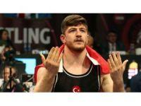 Büyükşehir'in pehlivanı Ertürk, Avrupa Şampiyonu oldu