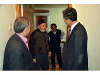 Başkan Kaya, kapı kapı referandumu anlatıyor