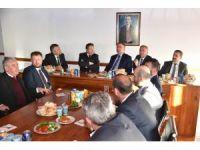 Başkan Veysel Tiryaki, Altındağlı müteahhitlerle buluştu