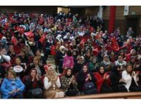 Kadınlara cumhurbaşkanlığı hükumet sistemi konferansı
