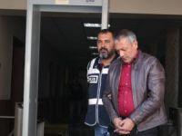 15 ayrı suçtan 45 yıl hapis cezası bulunan adam yakayı ele verdi