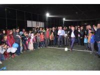 Balıkesir Milletvekli Bostan halı saha açılışına katıldı