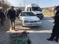 Otomobil bisiklete çarptı, 1 yaralı