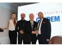 İhlas Vakfı uluslararası faaliyetlerinden dolayı ödül aldı