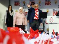 """Başbakan Yıldırım: """"CHP sana yakışır mı HDP'nin kuyruğuna takılıp hayır kampanyası yapmak?"""""""