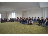 Bingöl'de kursiyerlere etkili iletişim semineri verildi