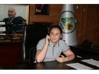 Bolu Belediye Başkanlığı koltuğuna 7. sınıf öğrencisi oturdu