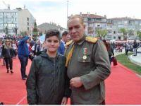 Atatürk'e benzeyen oyuncu Göksel Kaya'ya Trakya'da yoğun ilgi