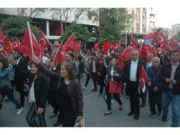 Adana'da coşkulu 23 Nisan yürüyüşü