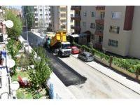 Başharık Mahallesinde sıcak asfalt çalışması yapıldı