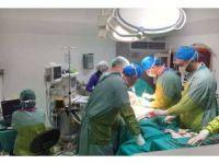 Dörtyol'da ilk skolyoz ameliyatı yapıldı