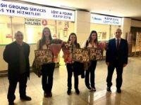 Şampiyon eskrimciler, Ankara'ya geldi