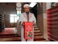 Çevreci imam cemaatine çevre temizliğini aşılıyor