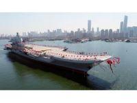 Çin, yerli yapım uçak gemisini suya indirdi