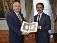Diyanet İşleri Başkanlığı Yönetim Hizmetleri Genel Müdüründen Vali Aktaş'a ziyaret