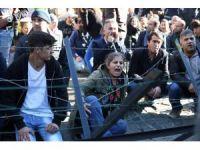 Belçikalı vekil PKK ile kol kola