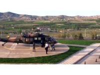 Yılanın ısırdığı genç kız askeri helikopterle hastaneye kaldırıldı