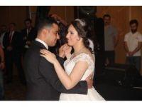 Adalet Bakanı Bekir Bozdağ Bolu'da düğün törenine katıldı