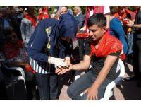 Engelli gençlere asker kınası