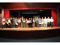 Genç tiyatro yarışmasında gala gecesi