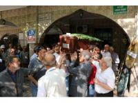 İzmir'de cinayete kurban giden genç defnedildi