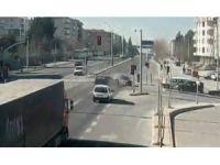 Kocaeli'deki trafik kazaları MOBESE kameralarına yansıdı