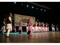 Altınköprü Halk Dansları Topluluğu performansıyla mest etti